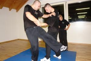 gemischtes training krav maga selbstverteidigung männer frauen linth kms